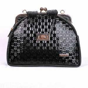 کیف دوشی ورنی دهنه دار کد5033، خریدآنلاین، فروشگاه اینترنتی آف تپ