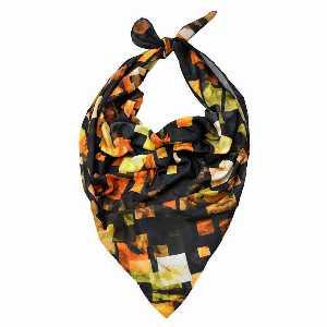 روسری دست دوز نخی برند Ramila طرح آجری