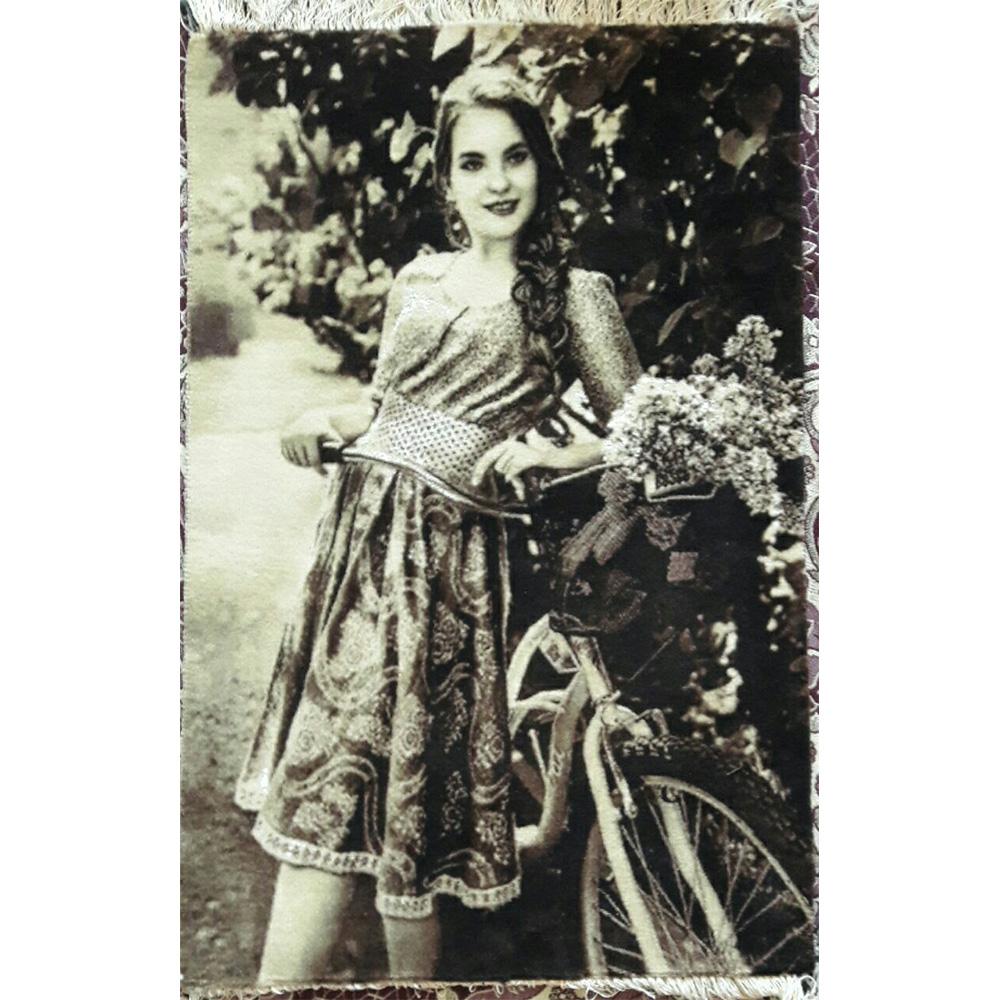 تابلو فرش دستبافت طرح دختر دوچرخه سوار ، خرید آنلاین ، فروشگاه اینترنتی آف تپ